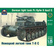 35018 ARK-models Немецкий лёгкий танк Т-II C, 1/35