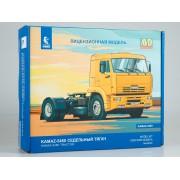 1444AVD AVD models Сборная модель КАМАЗ-5460 седельный тягач, 1/43
