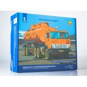 7061AVD AVD models Сборная модель КАМАЗ-54112 с полуприцепом НЕФАЗ-96742, 1/43