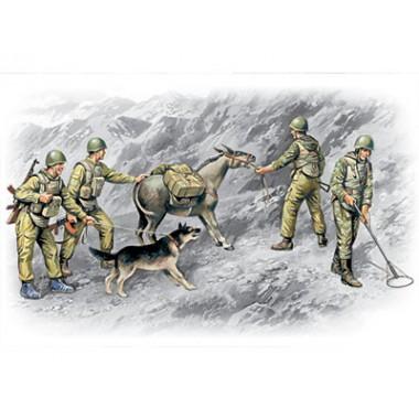 35031 ICM Фигуры Советские саперы, советско-афганская война (1979-1988), 1/35