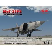 48902 ICM МиГ-25 РБ, Советский самолет-разведчик, 1/48