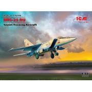 72176 ICM МиГ-25 РУ, Советский учебный самолет, 1/72
