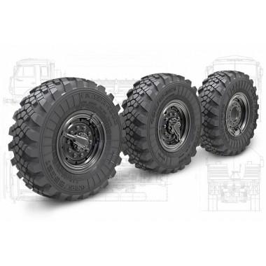 35202 Miniarm Набор колес с просадкой Кама-1260 для автомобиля Камаз-5350 (Мустанг)  (6шт + запаска), 1/35