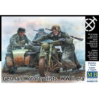 MB35178 Master Box Фигуры Немецкие мотоциклисты, период Второй мировой войны, 1/35