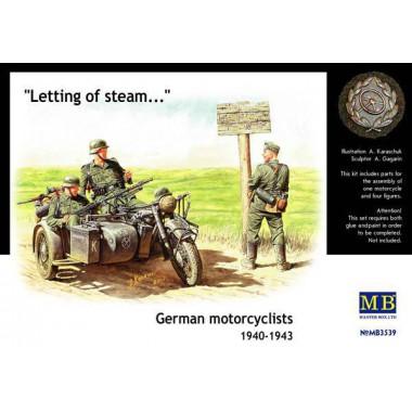 MB3539 Master Box Фигуры Немецкие мотоциклисты 40-43гг., 1/35