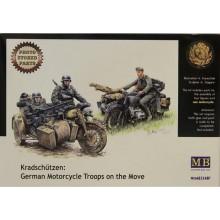 MB3548 Master Box Фигуры Немецкие мотоциклисты на марше, 1/35