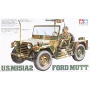 35123 Tamiya Американский джип M151A2 Ford Mutt с М60 и фигурой, 1/35