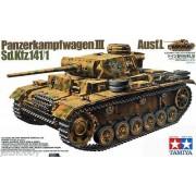 35215 Tamiya Танк Pz.Kpfw III Ausf L с одной фигурой, 1/35